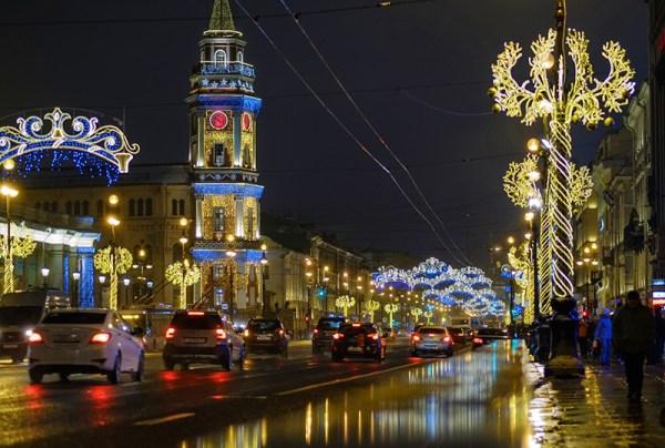 Санкт-Петербург украсили к Новому году :: Новости :: ТВ Центр