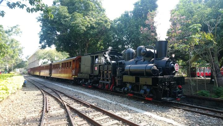鬧區中的祕境百年製材所 阿里山蒸汽火車帶你去   綜合   聯合影音