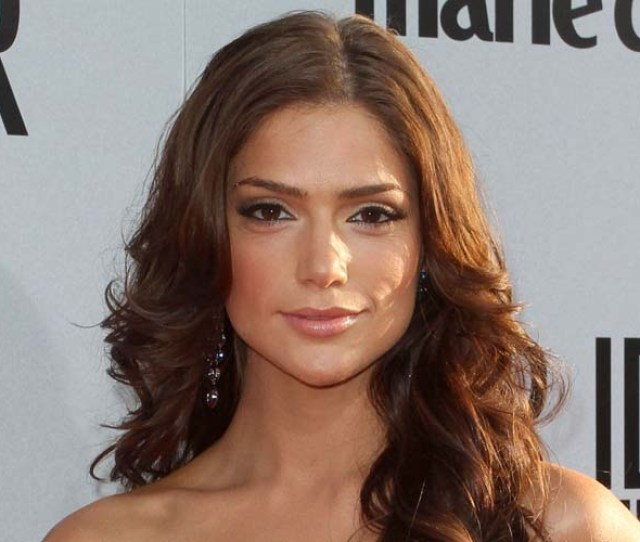Janet Montgomery Bio In Her Own Words Video Exclusive News Photos Full View Janet Montgomery
