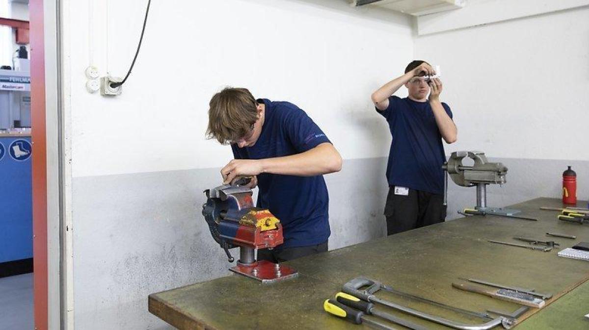 Seulement 12% des apprentis effectuent une maturité professionnelle après avoir terminé leur apprentissage.