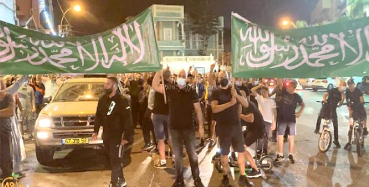 اسلام دشمن رویہ پر فرانس کیخلاف دنیا بھر میں احتجاج