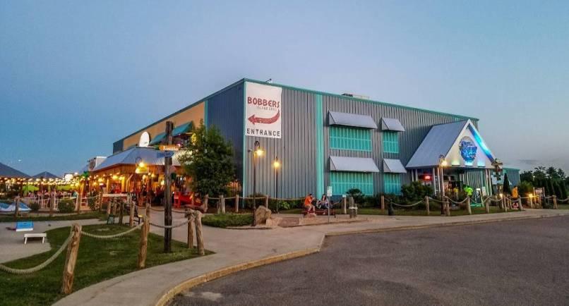 Bobbers Island Grill Restaurant 750
