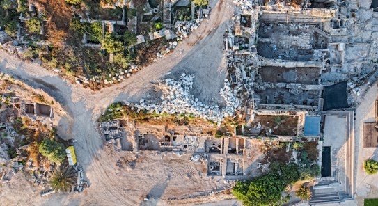 An aerial view of the Caesarea dig site