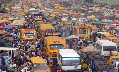 Many injured as two commercial buses collide on Oshodi-Apapa expressway