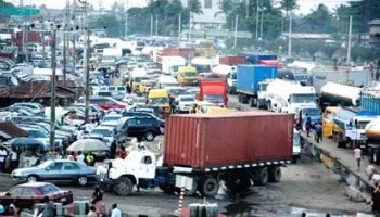 Extortion, e-call up failure cause fresh gridlock along Mile 2, Tin-can port