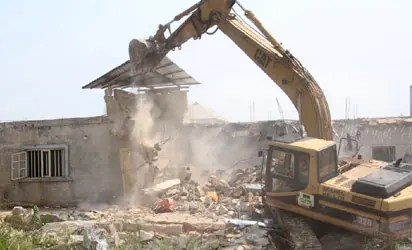 Lagos-Badagry Expressway: LASG demolishes thousandVanguard News - Vanguard