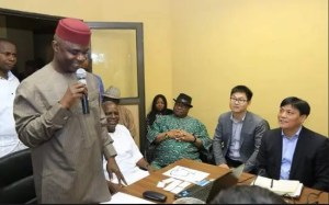 Abia hosts Chinese investors, flags off farming season with distribution of oil palm seedlings