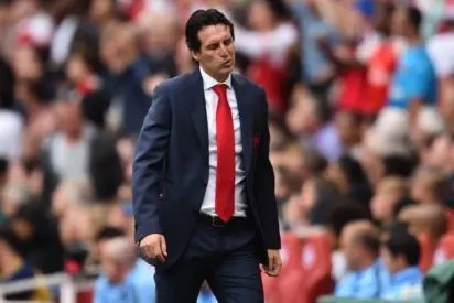 e21d18b8e66 Arsenal s Spanish head coach Unai Emery gestures on the touchline during  the English Premier League football match between Arsenal and Manchester  City at ...