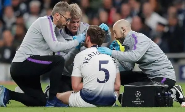 Spurs followed protocol after Vertonghen head injury, says Pochettino