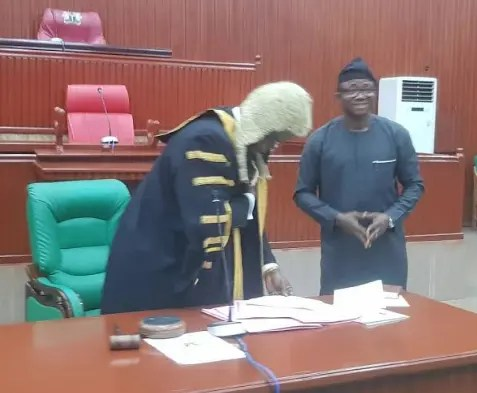EDO HOUSE OF CRISIS: Speaker Okiye consolidates as G-15 insists on proper inauguration