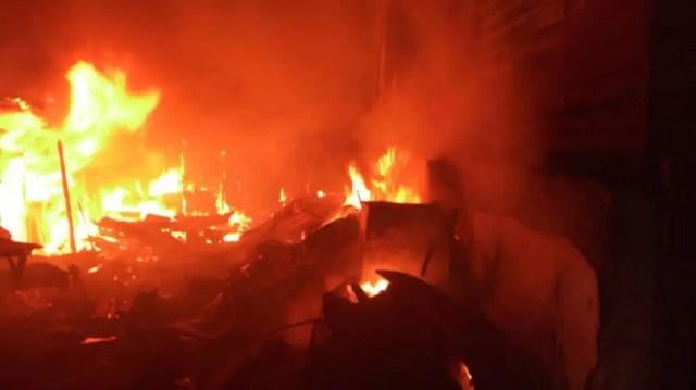 Fire destroys 400 shacks, 900 left homeless in South Africa