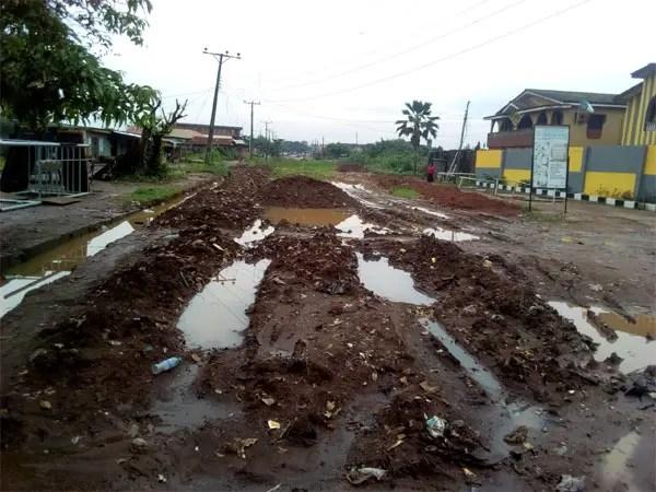 Ikorodu residents appeal to Gov. Sanwo-Olu to repair Igbe Road