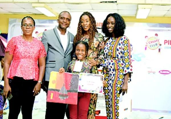 Racheal Ogolo, Parents of the Winner and Miss Okeke. Photo: Vanguard