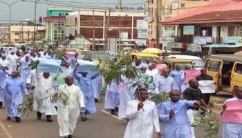 •Catholic Priests of Enugu Diocese protesting serial killing of priests in Enugu