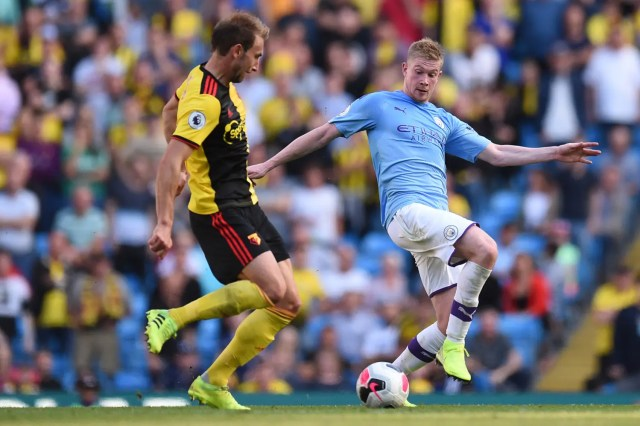 Manchester City hit eight in Watford demolition, Spurs rocked by Leicester