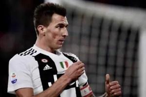 Man U 'reach verbal agreement with Mario Mandzukic'