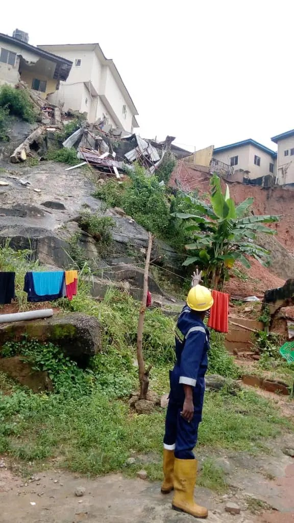 Wet black Saturday in Lagos amid heavy rainfall, mother, sister, two sons, die in Magodo building collapse
