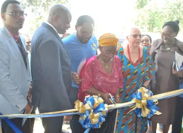 EX-students of UI International Schl donate N16m building to alma mater