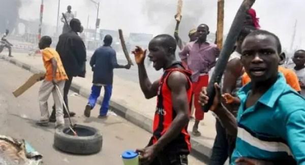Gunshots as rival cult groups clash at Obalende, Lagos