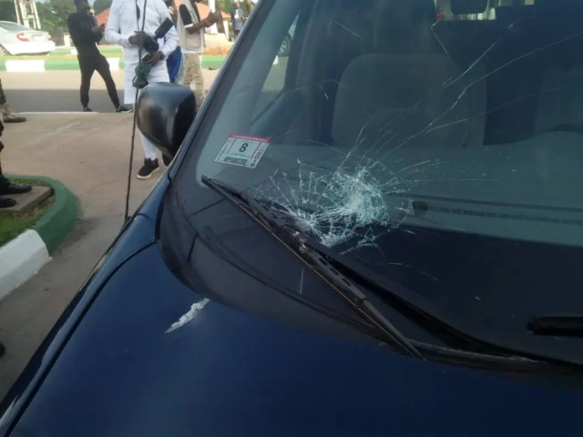 Oba of Lagos, Obaseki, Edo Varsity Chancellor, others attacked at Oshiomhole's house