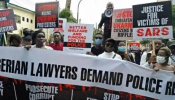 #EndSARS: Law students protest alleged rape of colleague, ask IGP to resign