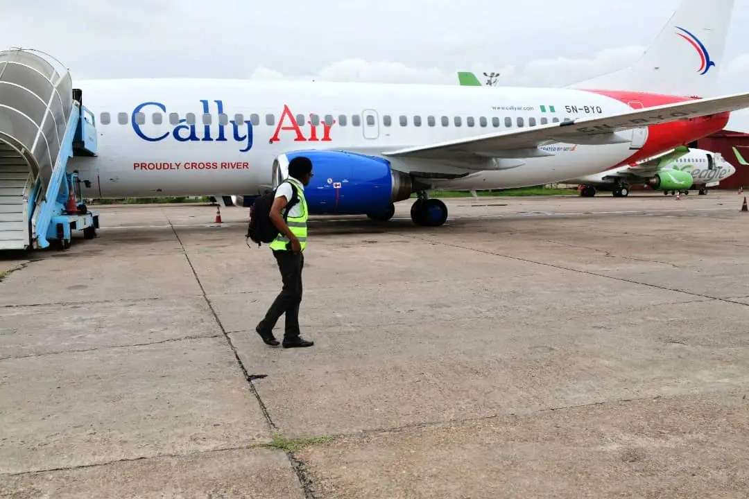 Cally Air: Ayade takes delivery of 2nd Boeing 737 aircraft for Cross River  Airline - Vanguard News