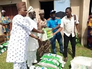 2020 emergency flood intervention: NEMA distributes equipment, fertilizers, seedlings to farmers in Oyo