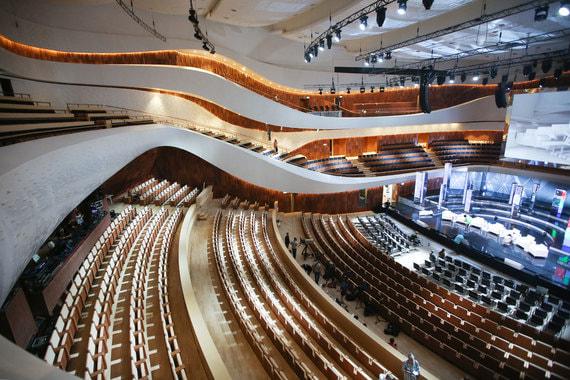 Как выглядит новый концертный зал «Зарядье» – ФОТО – ВЕДОМОСТИ