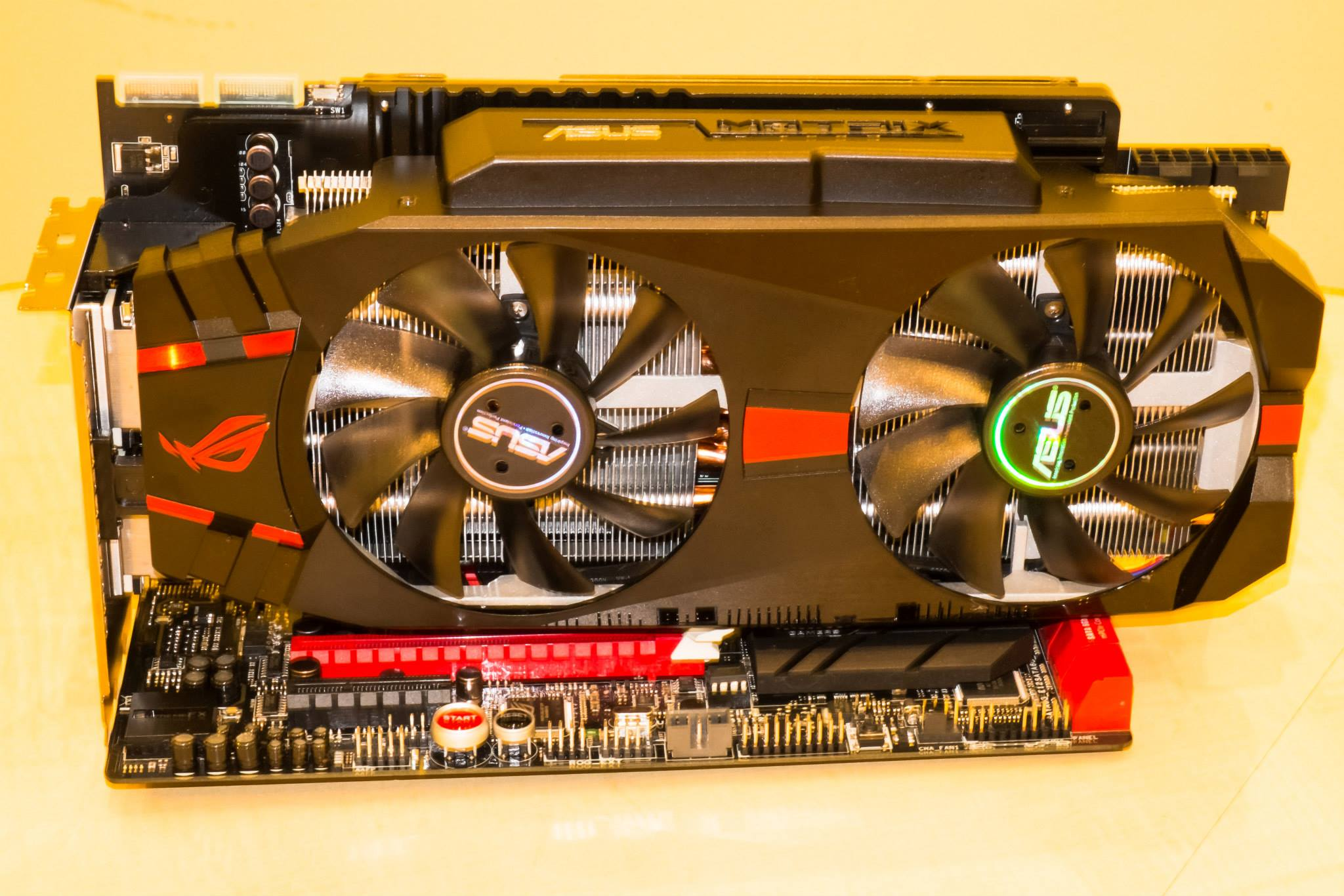 ASUS ROG Matrix R9 280X Platinum Pictured