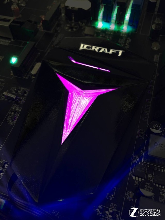 MAXSUN Z370 ICRAFT 2 Z370 ICRAFT Gaming Motherboard by Maxsun   The ultimate Z370 choice for RGB lovers