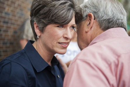 In Iowa Senate Race, Its Personality Versus Policy