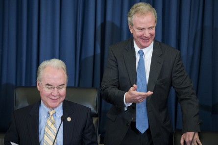 Reps. Tom Price, R-S.C., and Chris Van Hollen, D-Md., the chairman and ranking member of the House Budget Committee, the first panel to preside over an OCO fight in 2015.  (Photo By Tom Williams/CQ Roll Call)
