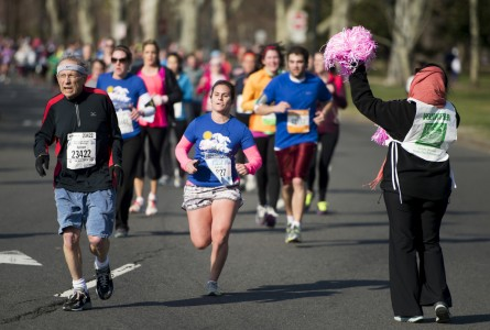 Nearly 800 Hill staffers ran in last year's Credit Union Cherry Blossom Ten Mile Run Capitol Hill Competition. (Bill Clark/CQ Roll Call File Photo.)