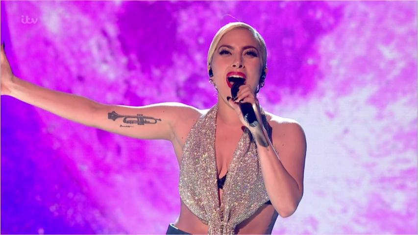 In Pain, Lady Gaga Cancels 10 European Shows
