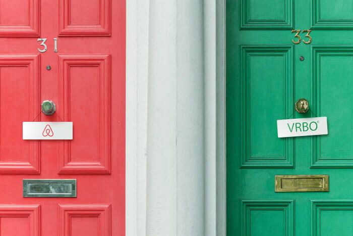 Airbnb và Vrbo quá tải vì nhiều lượng du khách đặt chỗ tăng chóng mặt - Ảnh 1.