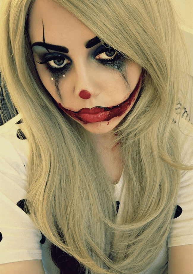 Wear this sad clown make-up with your boyfriend dressed as Joker for Halloween.