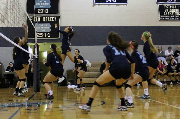 Volleyball Team Advances to AACA Final - Villa Maria ...