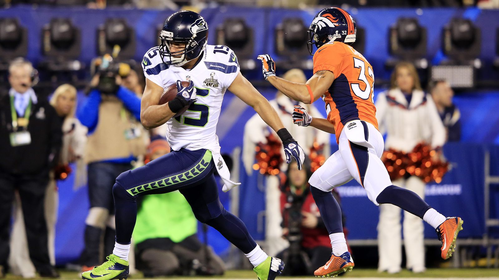 Super Bowl Winner Seahawks Beat Broncos 43 8 In Blowout