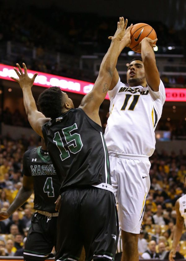 Missouri manhandles Wagner 99-55 - Rock M Nation