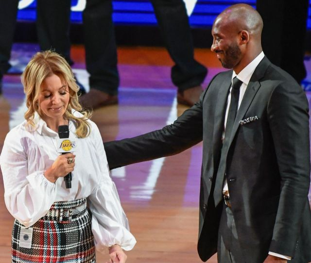 Lakers Free Agency News Jeanie Kind Of Sort Of Threw Jim And Mitch Kupchak Under The Buss