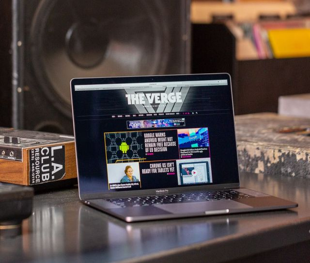 Apple Is Using Proprietary Software To Lock Macbook Pros And Imac Pros From Third Party Repairs