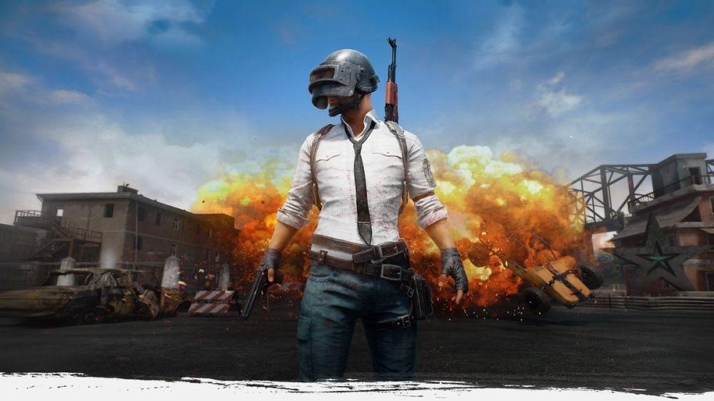 PlayerUnknown's Battlegrounds - art de l'homme au casque debout devant une explosion