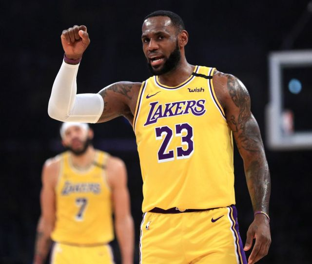 Lakers Vs Cavaliers Final Score Lebron James Makes History In