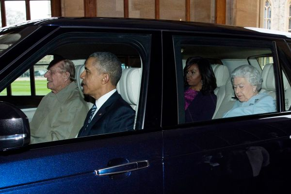 Quick, Caption This Photo of the Obamas, the Queen, and ...