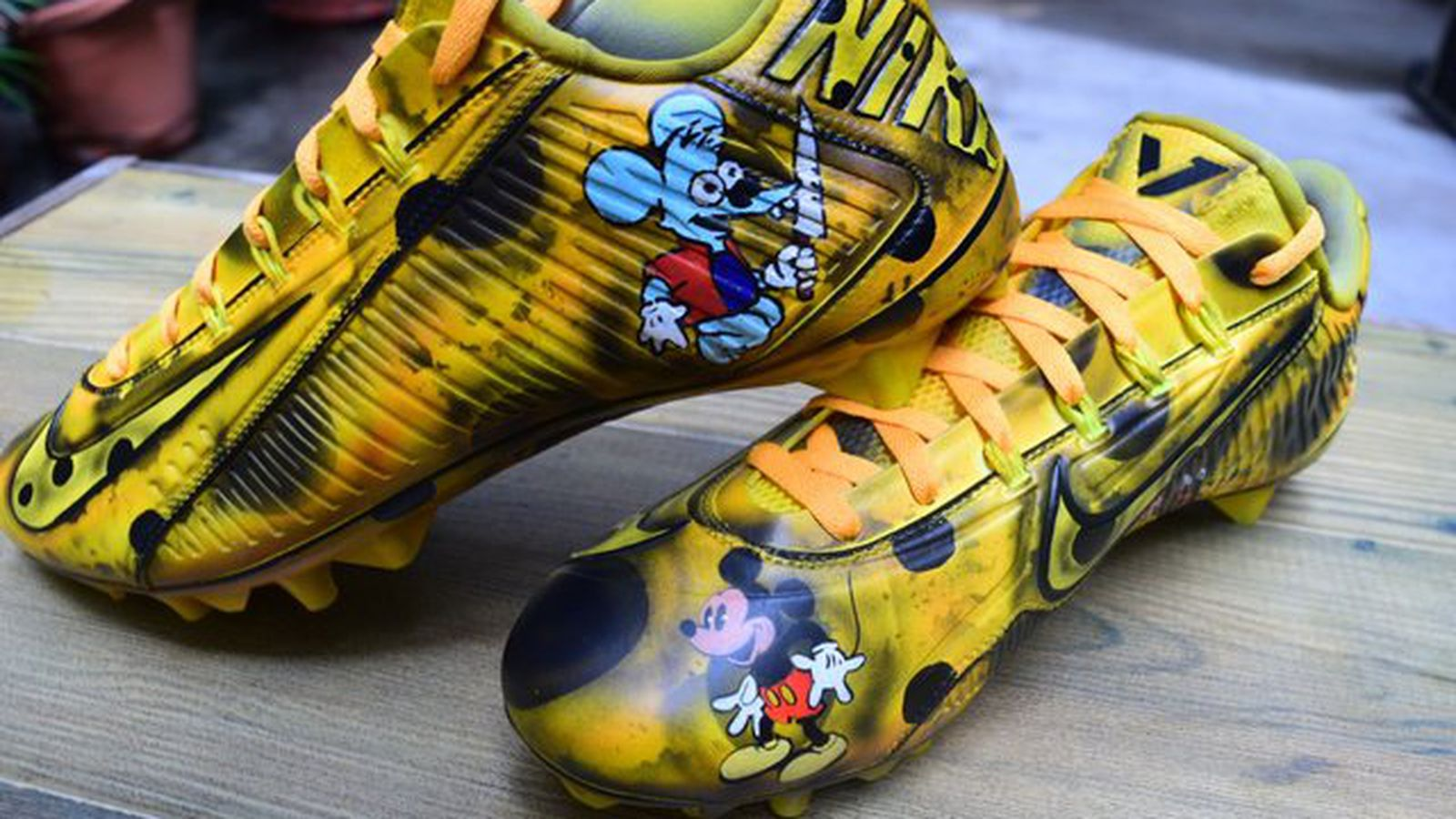 Odell Beckham Jr Wearing Mickey Mouse Cheese Cleats For