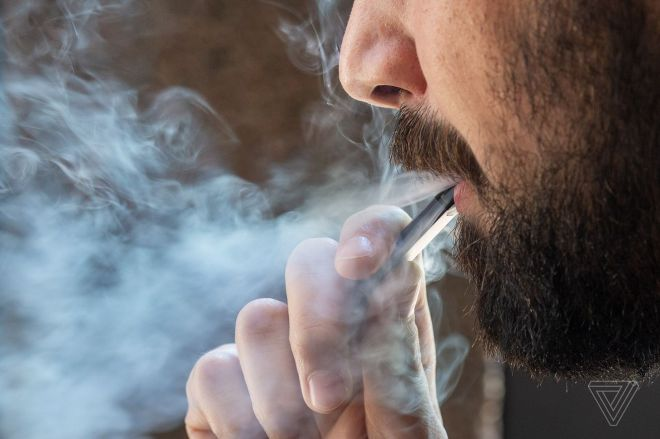 jabareham_180614_1777_0035.0 Don't use THC vapes, FDA says, as lung injury death toll increases | The Verge
