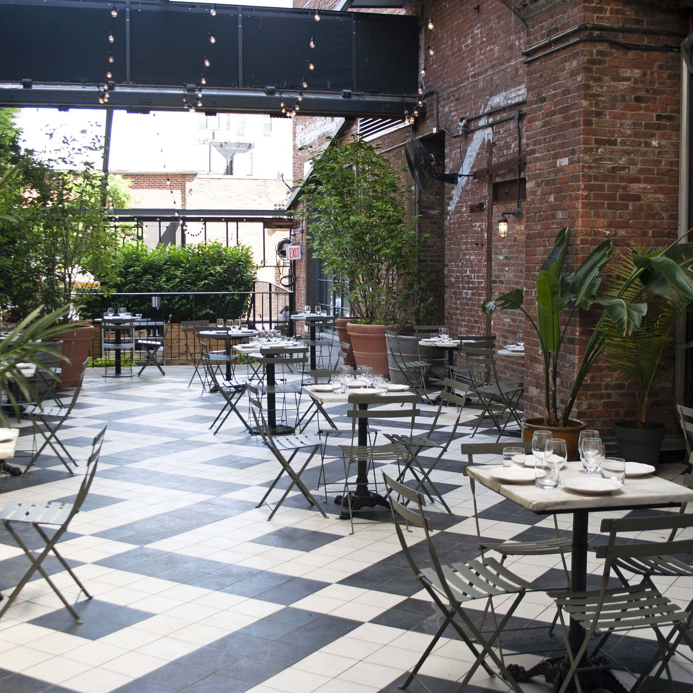 Where To Dine Outdoors In Nyc When It Rains Eater Ny