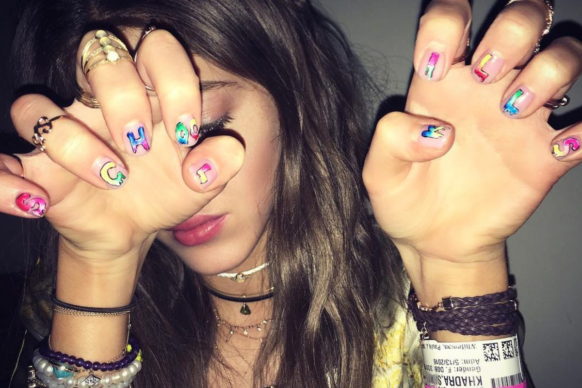 Meet The La Artist Behind Hollywood S Wildest Nails