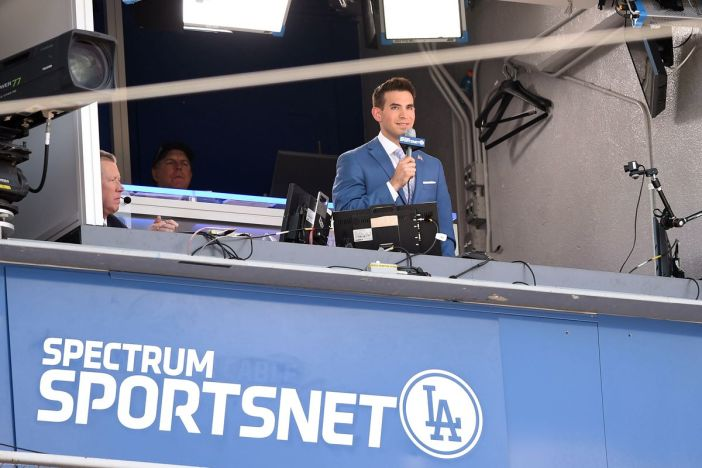 Dodgers' Joe Davis on calling Dodgers road games from home in 2020 ...
