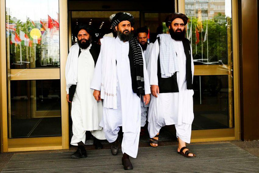 Mullah Abdul Ghani Baradar (center) along with other Taliban leaders.
